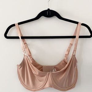 Victoria's secret push-up nude bra 34DDD